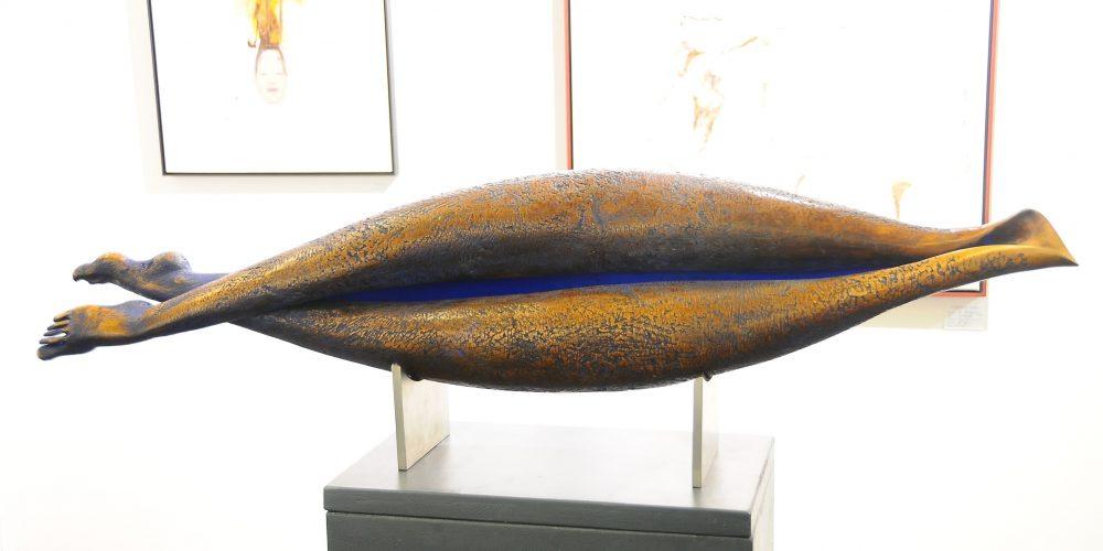 10: Skulptur, Beine